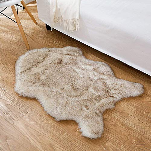 HYMYUS Soft Faux Sheepskin Fur Chair Couch Cover Area Rug 5.5 cm Thick Fluffy Living Room Runner Carpets Suitable for Children Kids Baby Bedroom Home Decor Nursery Rugs (Brown tip, 2FTx3FT) (Faux Chair Fur Throw)