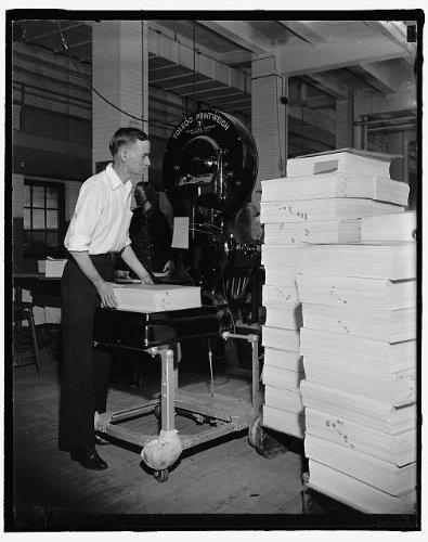 HistoricalFindings Photo: Bureau of Engraving,Washington,DC,District of Columbia,Harris & Ewing,1940,2 Bureau Engraving Washington Dc