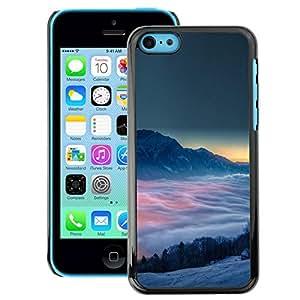 Snap-on Series Teléfono Carcasa Funda Case Caso para iPhone 5C , ( Misty Mountains )
