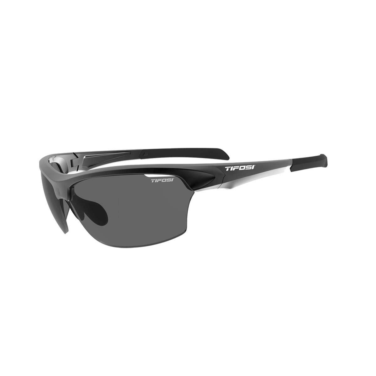 b05672f0a4 Amazon.com  Tifosi Intense Golf Sunglasses Black Grey  Clothing