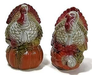 Ganz Turkey Salt & Pepper Shakers Set