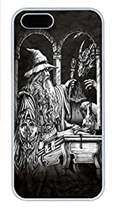 IPhone 5/5S Case Wizard and Dragon PC Hard Plastic Case for iPhone 5/5S Whtie