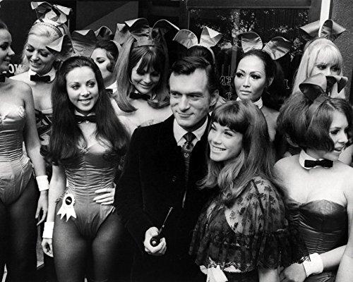 - Hugh Hefner 16x20 Canvas Giclee Classic 1960'S Pose With Playboy Bunny Girls