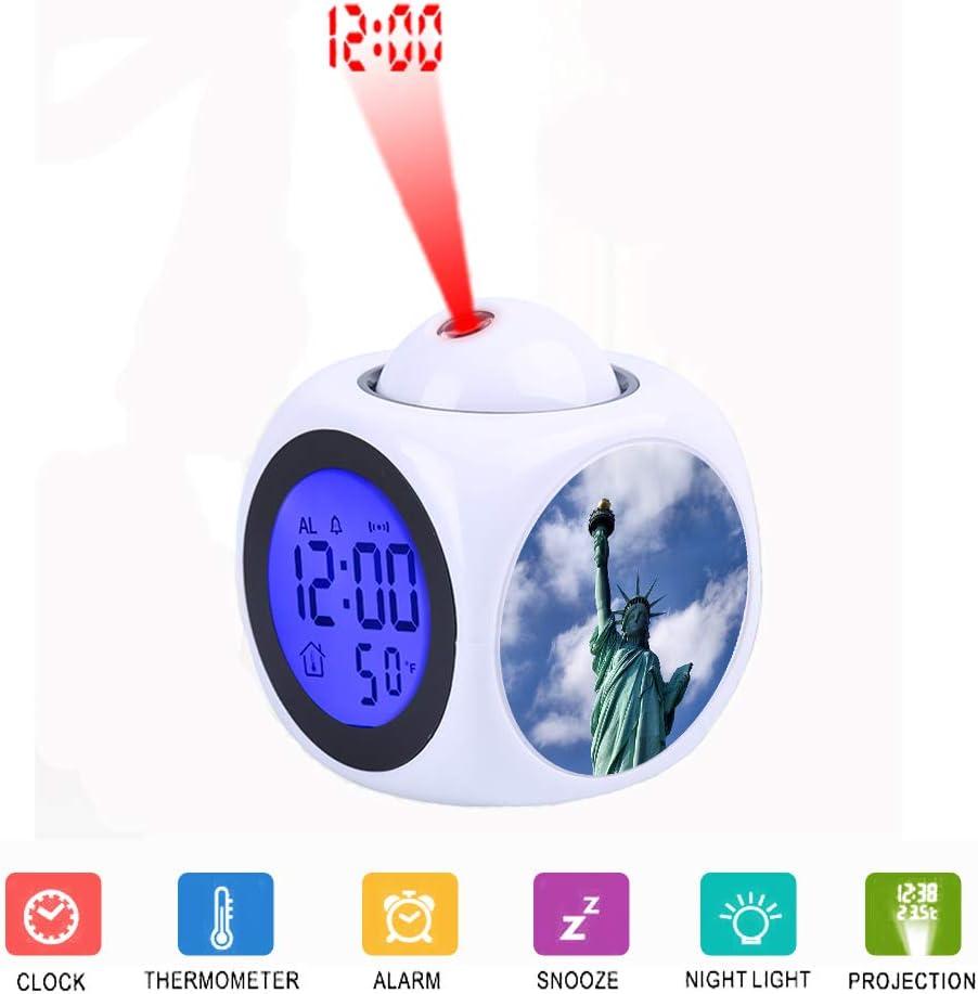 FDC Réveil numérique à LED LCD avec Fonction thermomètre Vocal Statue de liberté de Bureau à New York Pendant la journée.