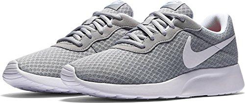 NIKE Women's Tanjun Running Shoe – DiZiSports Store