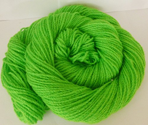 Easy Care Bright Spring Green 2 ply Acrylic Machine Washable Sports/Fingering Weight Yarn