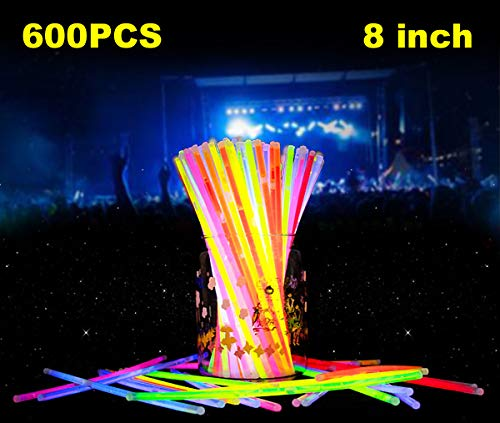 Glow Sticks, 600 8 Inch Glow Sticks Bulk With 600 Connectors Make Glow Bracelets, Glow Necklaces Perfect For Kids&Adults In The Dark Party Birthday Parties, Camping Trips, Concerts, Weddings (600PCS)