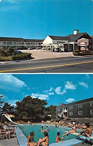 West Dennis Massachusetts Huntsman Motor Lodge Swimming Pool Postcard J67257