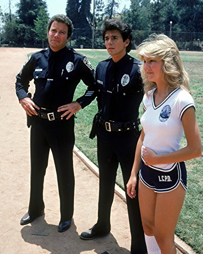 tj-hooker-heather-locklear-in-shorts-by-shatner-zmed-16x20-canvas-giclee