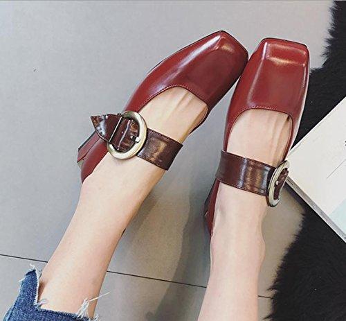 Retro con una hebilla de la palabra con los zapatos de las mujeres hebilla de los zapatos de la boca baja cuadrados Red