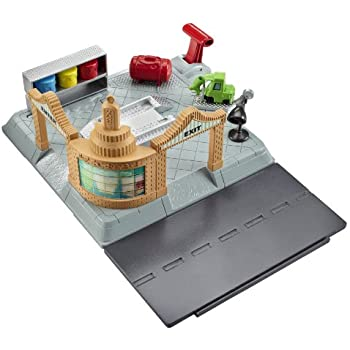 Disney Pixar CARS Action Shifters Ramone's Body Shop Connectable Playset (Vehicles Not Included)