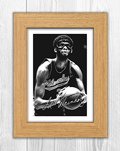 Engravia Digital Kareem Abdul-Jabbar - Milwawkee - NBA 1 SP - Signed Autograph Reproduction Photo A4 Print(Oak -