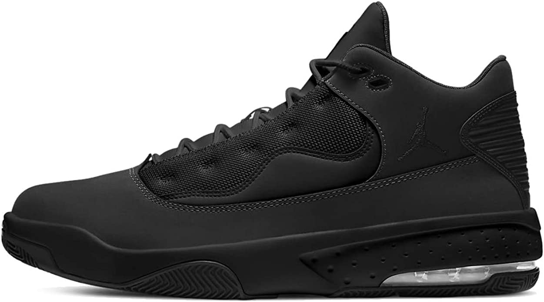 Jordan Max Aura 2 Basketball Shoe