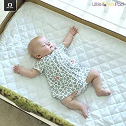 Little One\'s Pad Pack N Play Crib Mattress Cover - Fits ALL Baby Portable Cribs, Mini & Foldable Mattresses - Waterproof, Dryer Safe & Hypoallergenic - Comfy & Soft Fitted Crib Protector