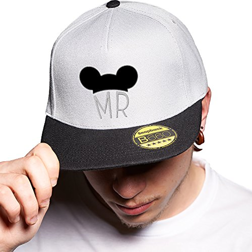 Mr Grey Black Cap Original Gorra Snapback Unisex, Ajustable, con Visera Plana y Logotipo Urbano Bordado.