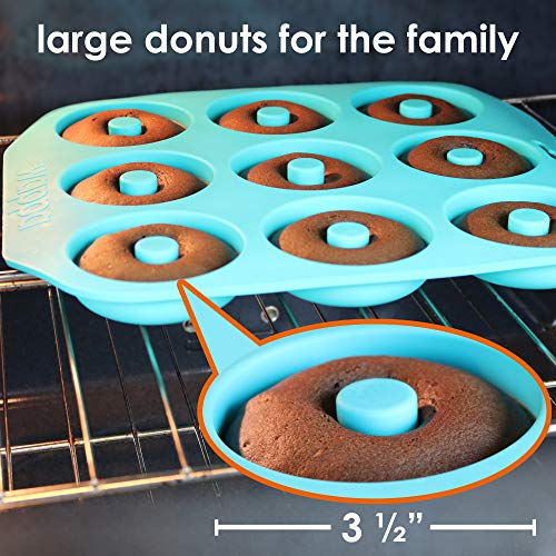 Large Donut Pan Super Non-Stick Silicone, Makes 9 Full Size Donuts, BPA Free, FDA & German LFGB Approved   Oven, Dishwasher and Freezer Safe Doughnut Mold, Bagel Pan with Bonus Recipe Card & Gift Bag by Wappa (Image #4)