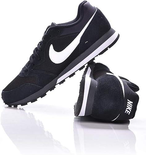 Nike MD Runner 2, Zapatillas de Running para Hombre: Amazon.es ...