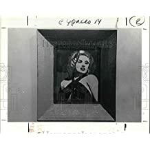 1990 Press Photo The Spaces Art Show features Marlyn Monroe's portrait