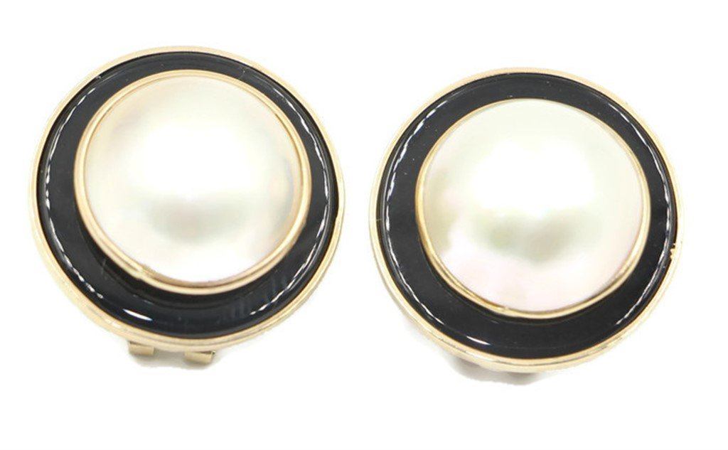 Mabe White Pearl Earring with Black Onyx and 14k Yellow Gold Omega Backs