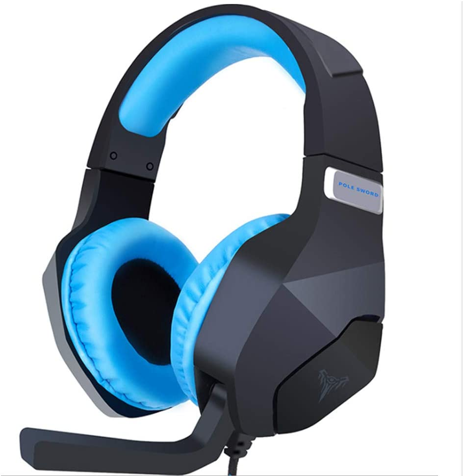 Cardomi Wearing a Universal G600 Gaming Computer Game Stereo Surround Sound Headphones