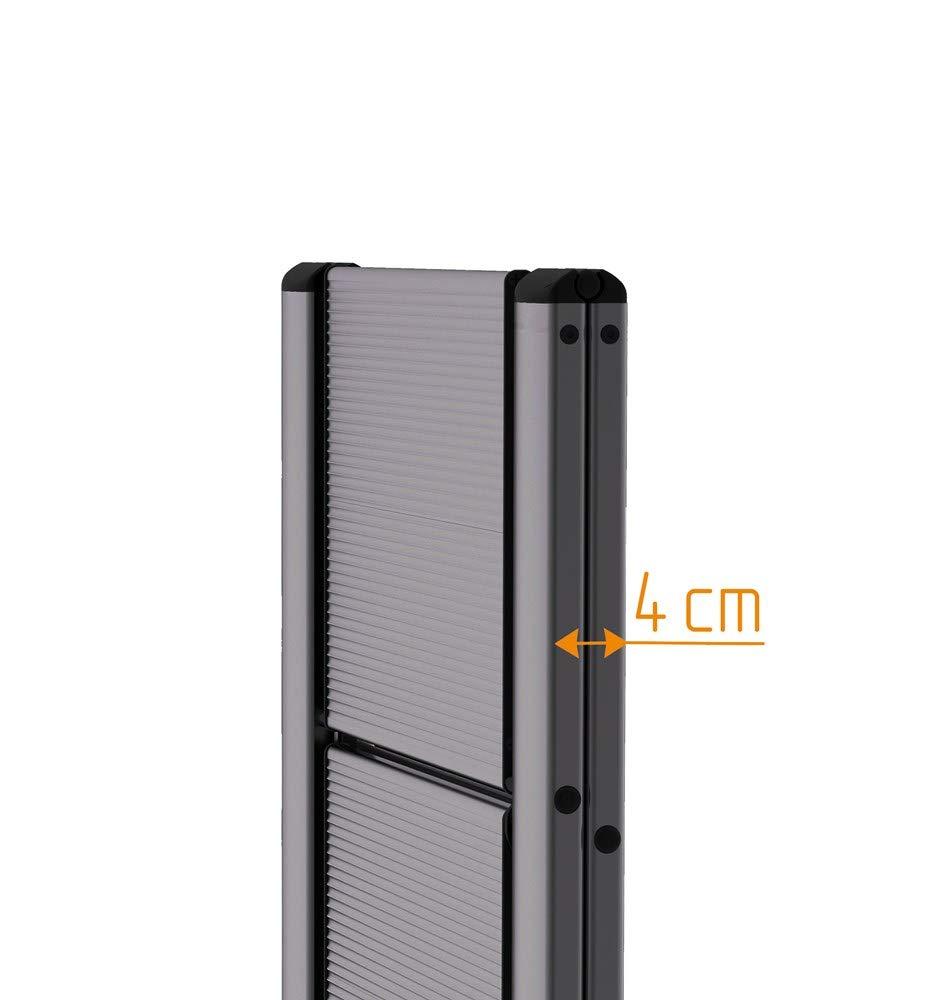 Id/éal pour usage domestique et fai da te. Tabouret mince et compact en aluminium anodis/é noir svelt Aero Light 3/marches