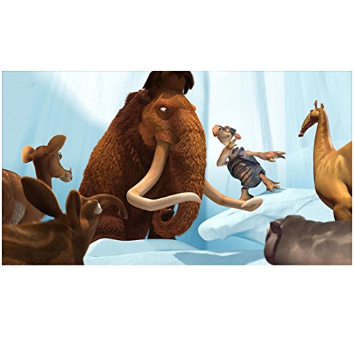 Ice Age 8 Inch x10 Inch Photo Manny & Fast Tony w/Other Animals kn