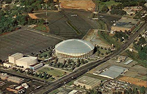 ovens-auditorium-charlotte-coliseum-merchandise-mart-complex-original-vintage-postcard