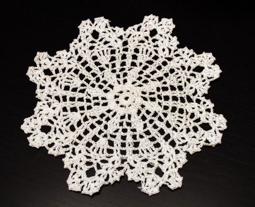 Handmade Crochet Lace Pineapple White Doily, 8-inch Round, 100% Cotton, 4 Pieces ()
