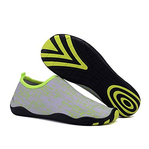 Bambini Adulti Pull-on Quick-dry Skin Sport Acquatici Aqua Shoes Calze Outdoor Sneaker Holey Ventilazione Kpu Suola Grigia E Verde