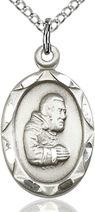 GIFT BOXED STERLING SILVER MEDAL NECKLACE PENDANT ST SAINT PADRE PIO