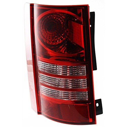 DAT 08-10 CHRYSLER TOWN AND COUNTRY TAIL LIGHT ASSEMBLY LEFT DRIVER SIDE - Country Light Ten