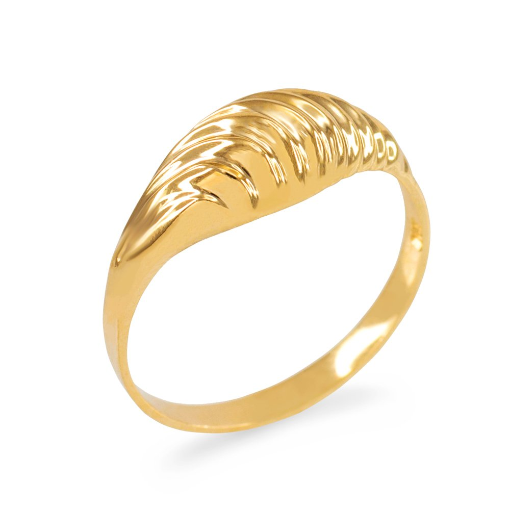 Glamorous Ribbed Dome Ring in 10k Yellow Gold (Size 5.25)