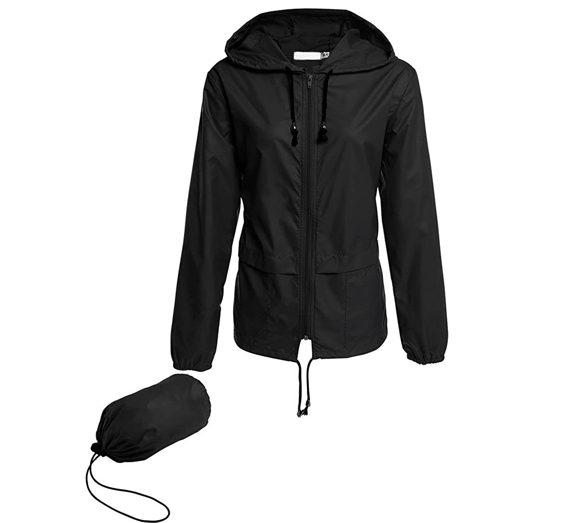 22ded5ab661c Amazon.com  Hount Women s Lightweight Hooded Raincoat Waterproof Packable  Active Outdoor Rain Jacket  Clothing