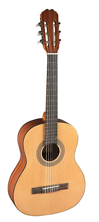 admira alba guitarra española