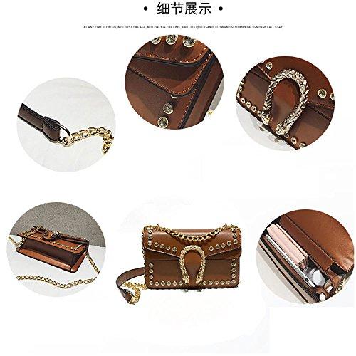 Exquisitos De Bolso Ms De Hombro Cuadrados Brown Bolsos Trend Moda De Daypack Rivet Salvaje Paquete Pequeños De Crossbody De XqaS8Hq