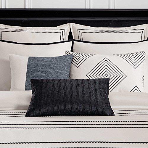 Manhattan Polyester Duvet Cover - Wamsutta Manhattan Full/Queen Duvet Cover in Cream/Black (Sham)