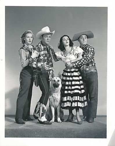 ROY ROGERS/PENNY EDWARDS/IN OLD AMARILLO/8X10 COPY PHOTO - Photo Store Amarillo