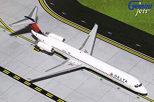 - GeminiJets 1:200 Scale Delta Air Lines MD-88 Airplane Model