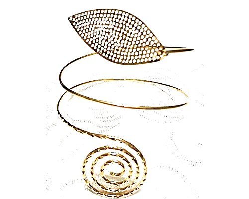 Global Huntress Lovely Bohemian Nature Inspired Leaf Motif Etched Single Circle Armlet Cuff Bracelet in Yellow Gold