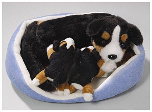 Berner Sennenhund mit Babys im Körbchen aus Plüsch ca. 20x19cm von Carl Dick