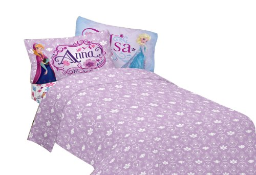 Disney Frozen Celebrate Love Sheet Set, Twin