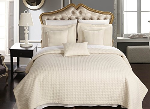 King / California-King size Ivory Coverlet 3pc set, Luxury Microfiber Checkered Quilt by Royal Hotel
