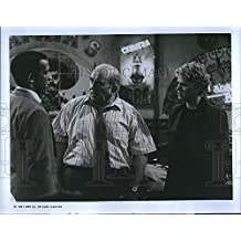 """1991 Press Photo Sharon Gless and Edward Asner in """"The Trial of Rosie O'Neill""""."""