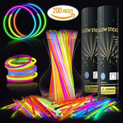Eurostar Ventures Multicolor Glow Sticks 200 Bulk Party Pack Non Toxic With 200 Connectors