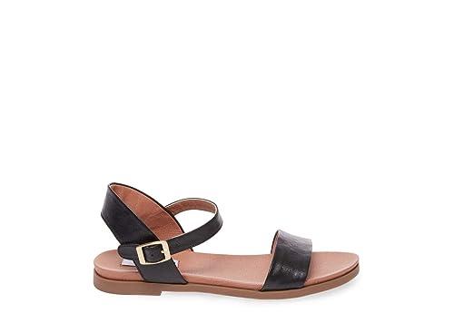 957988ae9da Steve Madden Women's DINA Flat Sandal