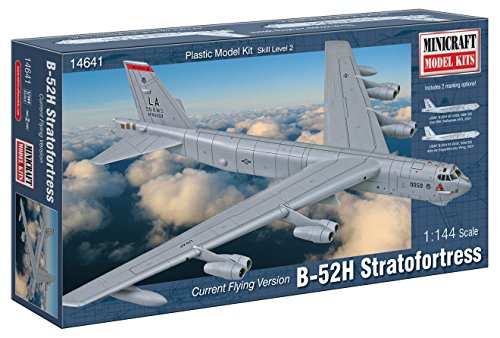 Minicraft B-52H Stratofortress Model Building Kit, 1/144 - Kit Minicraft