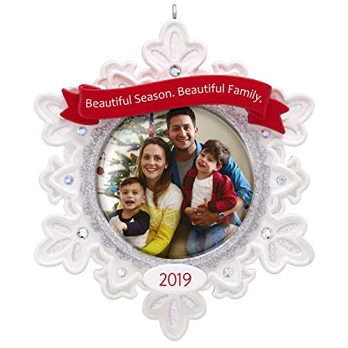 Hallmark Keepsake Christmas Ornament 2019 Year Dated Beautiful Family Snowflake Photo Frame
