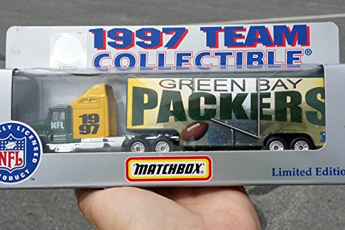Nfl Football Diecast Collectible - Matchbox 1997 GREEN BAY PACKERS NFL FOOTBALL Tractor Trailer Truck in 1:87 Scale Diecast