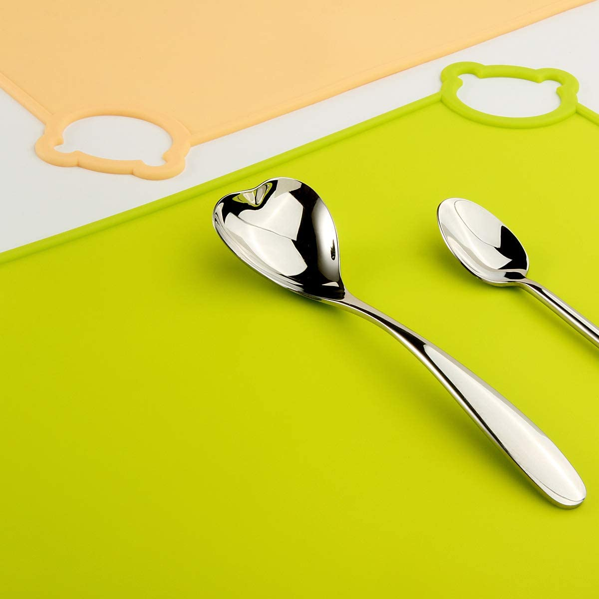 surface antid/érapante faciles /à nettoyer Bleu Napperons de qualit/é alimentaire pour voyages portables JYKJ Napperons en silicone pour b/éb/és enfants bords relev/és va au lave-vaisselle