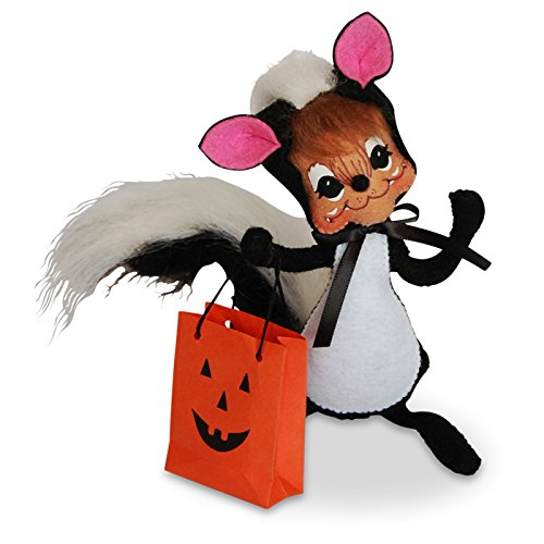 (Annalee - 6in Trick or Treat Skunk)